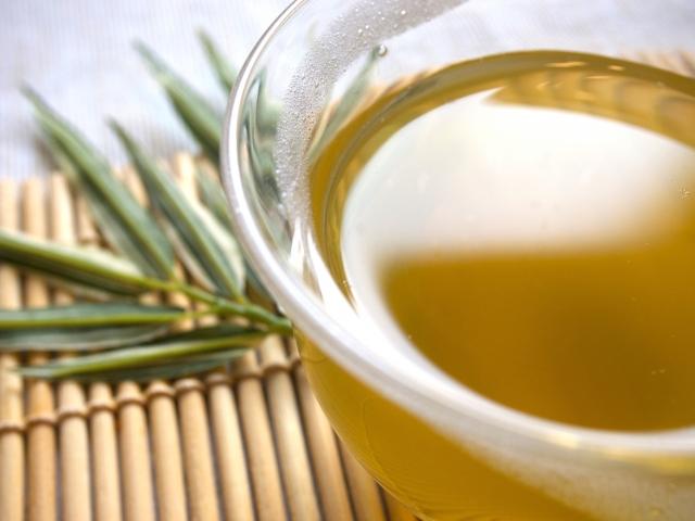 緑茶のカテキンで免疫力をアップさせ花粉症対策